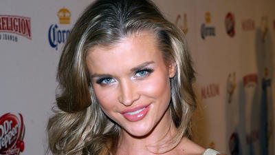 See 'Real Housewives' star Joanna Krupa's $30,000 wedding gown