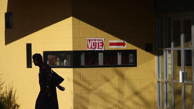 Justices invalidate Arizona voter registration law