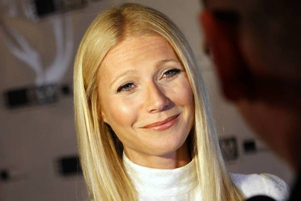 Members of the press interview Gwyneth Paltrow, who walked the red carpet at the Gene Siskel Film Center gala at the Ritz-Carlton Chicago hotel on June 15.