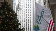 BRUSSELS (Reuters) - IntercontinentalExchange (ICE) is set to win unconditional EU approval for its $8.2 billion bid for NYSE Euronext, sources said on Monday, in a deal that would strengthen its presence in the lucrative derivatives trading business.