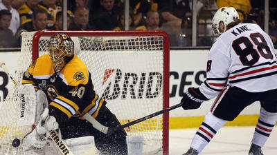 Blackhawks Game Day: Hossa out, Bruins win 2-0