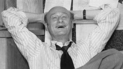 Tombstone shaves years off age of late New York Mayor Ed Koch