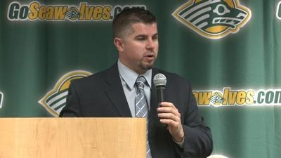 UAA Names Matt Thomas Next Seawolves Hockey Coach