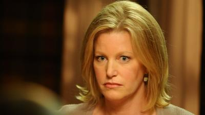 'Breaking Bad': Join a live chat with Anna Gunn on Thursday