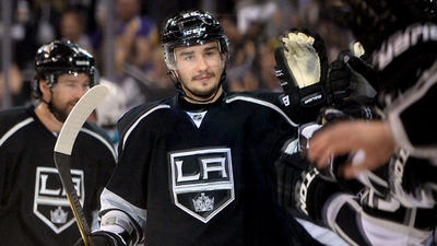 Kings agree to six-year, $25-million contract with Slava Voynov