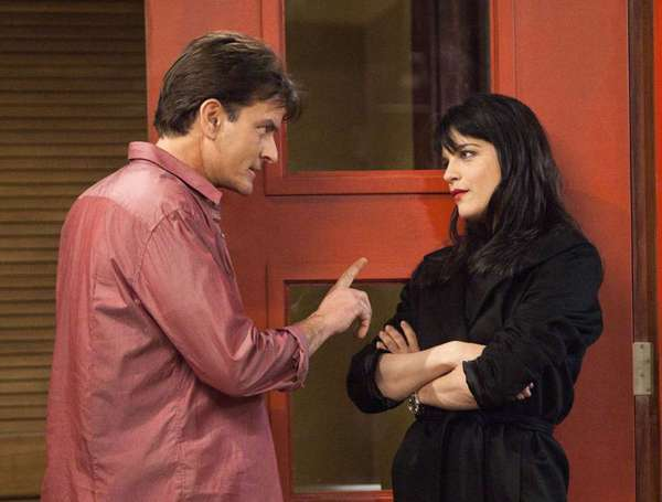 Charlie Sheen gives Selma Blair a piece of his mind.