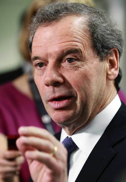 In the face of resistance from Illinois House Speaker Michael Madigan, Senate President John Cullerton is standing by his hybrid pension reform bill.