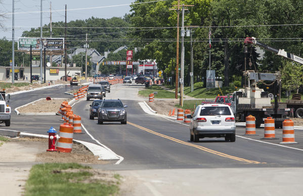 Traffic flows freely today as lanes reopen on Indiana 23 between Twyckenham Drive and the Five Points intersection in South Bend. (South Bend Tribune/ROBERT FRANKLIN)