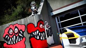 Chris Brown reportedly not backing down in home graffiti complaint