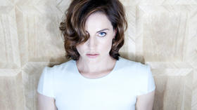 'Man of Steel' flew in just in time for Antje Traue