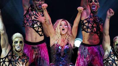 Review: Kesha, Pitbull both shine in an odd pairing at the Bowl