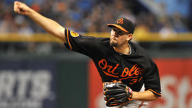 Orioles' rotation picture clearer as Showalter names first two starters vs. Toronto