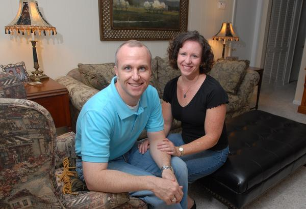 Alan Chambers, president of Exodus International, with his wife Leslie in 2006. Chambers on Wednesday offered an apology to the gay community.
