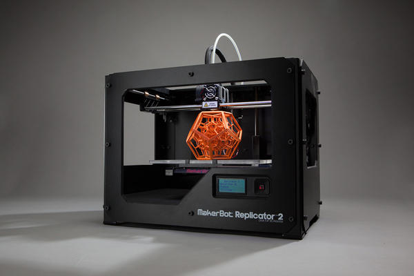 The Replicator 2 machine by MakerBot was designed to enable even non-professionals to print three-dimensional objects, whether they are simply miniature sculptures or functional objects.