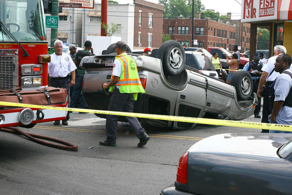 The Chicago Police Dept. investigates a multi-vehicle accident at 76th and Halsted.