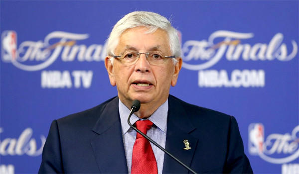 NBA Commissioner David Stern says a trade between the Los Angeles Clippers and Boston Celtics involving Coach Doc Rivers and Kevin Garnett would go against the collective-bargaining agreement.