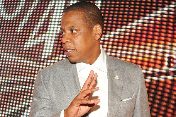"Jay-Z sells 1 million copies of ""Magna Carta Holy Grail"" before its release"