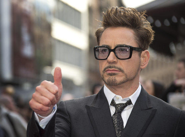 Actor Robert Downey Jr. has reportedly been signed by HTC to market its smartphones.