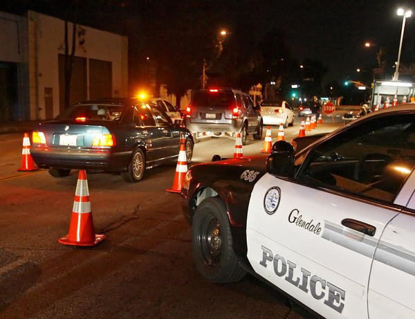 FILE PHOTO: Glendale Police set up a DUI checkpoint on San Fernando Road at Palmer Avenue in Glendale on Saturday night, January 2, 2010. Glendale police will conduct a sobriety checkpoint overnight Saturday, June 22, 2013, at an undisclosed location in the city.