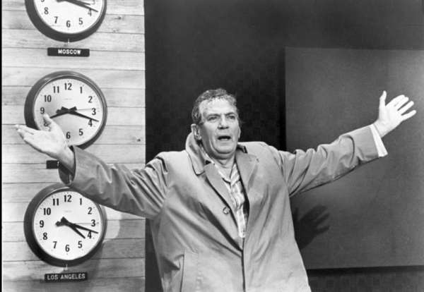 "Peter Finch, who was a posthumous Oscar winner for ""Network,"" died of a heart attack Jan. 14, 1977 at the age of 60."