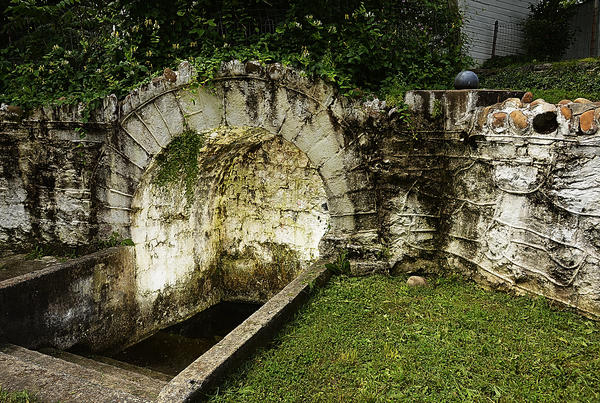 Sharpsburg's Big Spring; the town was founded around the water source in the mid-1700s.