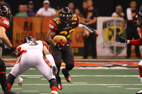 Orlando's Dominic Jones returns a kick against the Cleveland Gladiators on June 15, 2013.