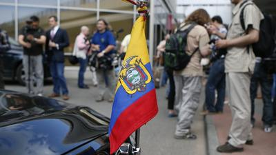 Snowden seeks asylum in Ecuador, government says