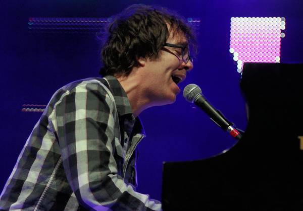 Ben Folds, '90s music, at the Greek