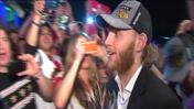 RAW: Patrick Kane arrives to Harry Caray's with MVP award
