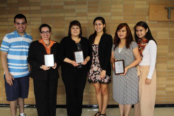 One parent of one senior from each high school in District 207 was recently recognized as being a parent of the year. Shown here, from left, are: Alex Gonzalez, Lourdes Gonzalez, Roxanne Sammarco, Paige Sammarco, Thanyalak Kochmit and Pariyamon Thaprawat.