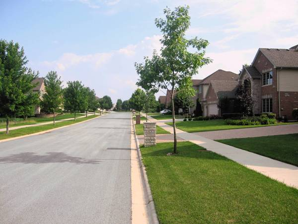 A subdivision in southwest Orland Park keeps its lawns well trimmed. Village ofificials said unmowed lawns were among the most frequent property maintenance complaints.