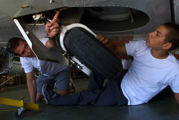 Aircraft Mechanic degrees courses