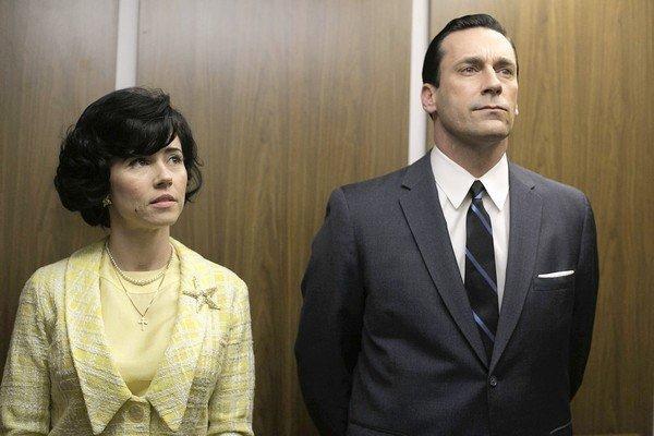 "Linda Cardellini and Jon Hamm in ""Mad Men."""