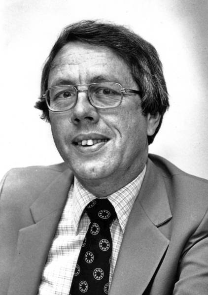 Former Santa Ana mayor Gordon Bricken in a 1982 photo.