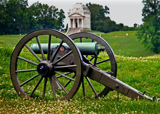 Cannons are a familiar sight at Vicksburg National Cemetery in Mississippi. In the background is the Illinois Memorial, with 47 steps commemorating the 47-day siege of Vicksburg in 1863 during the Civil War.