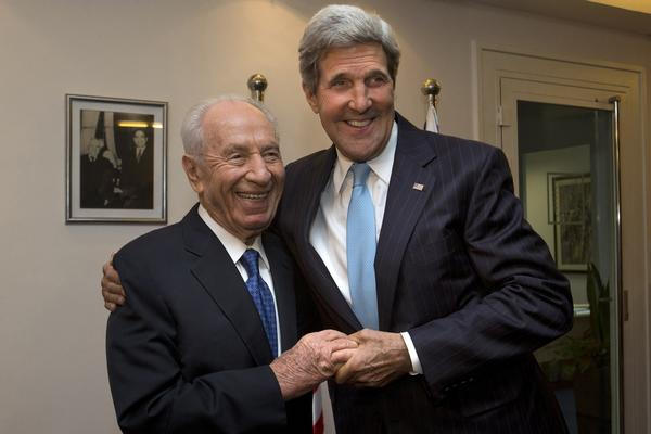 Secretary of State John F. Kerry, right, meets with Israeli President Shimon Peres in Jerusalem.