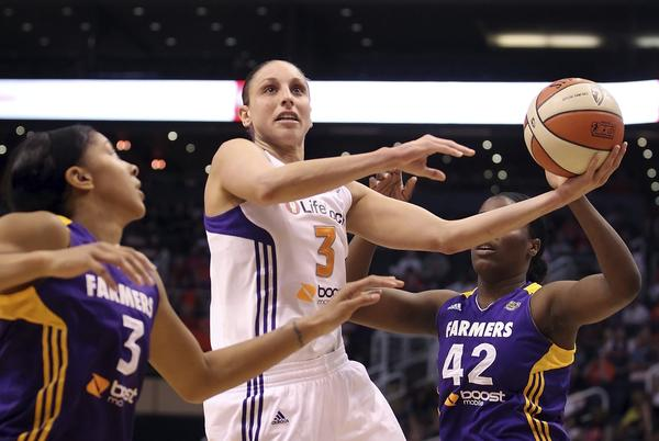 Diana Taurasi and the Phoenix Mercury make their only trip to Connecticut on Saturday.