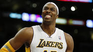 Lakers in limbo while awaiting free agent Dwight Howard's decision