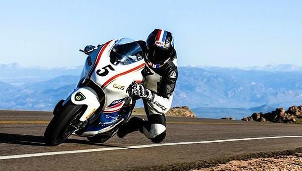 lightning electric motorcycle beats gas bikes in pikes peak climb