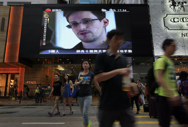 Former NSA contractor Edward Snowden claimed in a statement Monday that the United States had made him a stateless person by revoking his passport.
