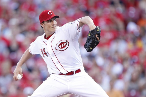 Homer Bailey delivers against the San Francisco Giants.
