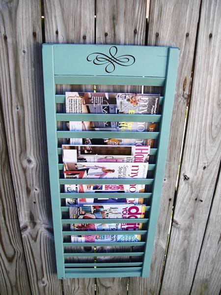 A bi-folding door was turned in to a magazine rack in a few simple steps.
