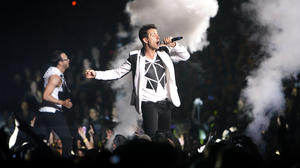 Review: New Kids, Mindless Behavior keep boy bands booming