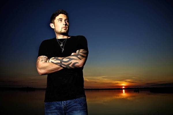 Singer Michael Ray of Eustis.
