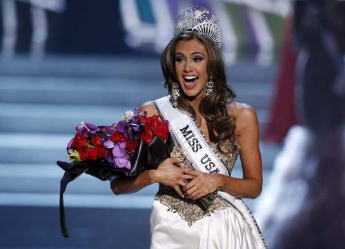 Miss Connecticut Erin Brady reacts after being crowned during the Miss USA pageant at the Planet Hollywood Resort and Casino in Las Vegas, Nevada June 16, 2013.