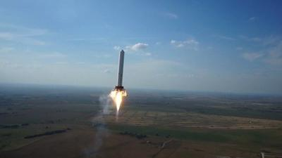 SpaceX uses drone to capture footage of hovering Grasshopper rocket