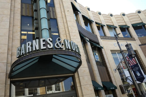 Barnes & Noble Inc. Chief Executive William Lynch resigns.