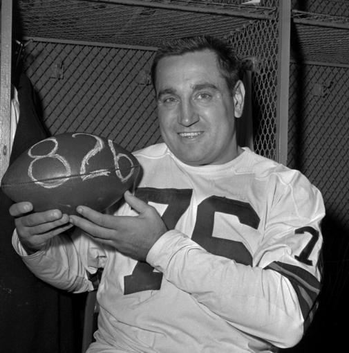 The Cleveland Browns will present a special jersey of Hall of Famer Lou Groza, above, to the family of recently deceased fan Scott E. Entsminger.