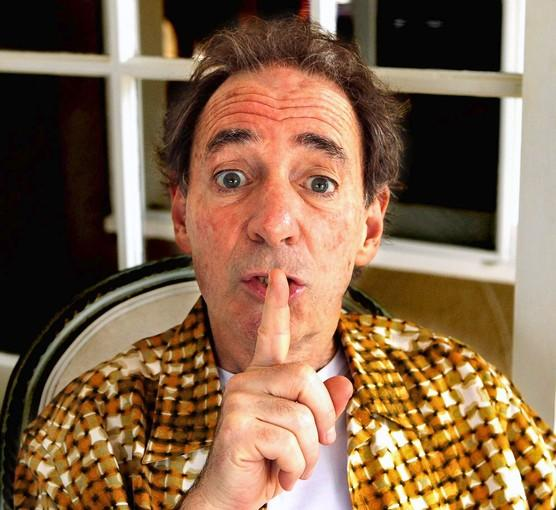 "Harry Shearer and his ""Le Show"" are now on KCSN-FM."