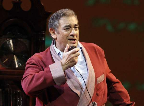 "Placido Domingo  in ""Il Postino"""